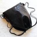 Fekete unisex hátizsák/tornazsák/festivalbag/gymbag..., Táska, Válltáska, oldaltáska, Fekete kígyóbőr  mintás különösen szép és minőségi műbőrből készítettem ezt a női hátizsákot.Kevés e..., Meska