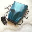 Cloude 3in1 türkiz-fekete hátizsák/válltáska, Táska, Válltáska, oldaltáska, Dombornyomott mintás gyöngyház fényű türkiz  műbőrből készítettem ezt a női táskát,amit hátizsákként..., Meska