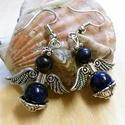 Lapis lazuli Angyal fülbevaló, Ékszer, Fülbevaló, Ékszerkészítés, Gyöngyfűzés, Szín: Kék, Ezüstös Anyaga: Lapis lazuli ásvány gyöngyök, fémes köztes, ródium akasztó Méret: 4 cm  ..., Meska