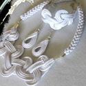 Hófehér ékszerszett!, Esküvő, Ruha, divat, cipő, Ékszer, Ékszerszett, Hófehér zsinórból ezüst színű kiegészítőkkel készűlt ékszerszett.  Egyszerű de elegáns stílusban cso..., Meska