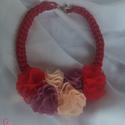 Színes virágos, Ékszer, Esküvő, Anyák napja, Nyaklánc, Piros színű  zsinórból készűlt színes virágokkal díszítve.  Csinos és elegáns lehet a nyári ruhatára..., Meska