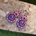 Csepp alakú, lógós fülbevaló, Metál rózsaszín superduok, rózsaszín swarovsk...