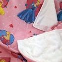 Pihe-puha gyermek takaró+kispárnahuzat, Baba-mama-gyerek, Baba-mama kellék, Gyerekszoba, Falvédő, takaró, Varrás, Pihe-puha takaró, aminek az egyik oldala pamut a másik pedig wellsoft, ez az anyag nagyon kellemes,..., Meska
