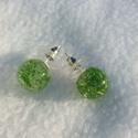 Zöld mohás gyanta fülbevaló, Ékszer, Fülbevaló, Gyanta és zöld moha felhasználásával készült ez az egyedi zöld mohás fülbevalóÁtmérője..., Meska