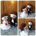 Esküvői baba pár, Esküvő, Dekoráció, Szerelmeseknek, Nászajándék, Horgolás, Amigurumi technikával készült esküvői baba pár, méretük kb 15-20 cm. Más színekben is kérhető. , Meska