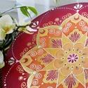 Aranyló napvirág 35 cm-es, Dekoráció, Esküvő, Otthon, lakberendezés, Falikép, Selyemfestés, 35 cm-es selyemkép nyári tüzes piros, napsárga és mandarin árnyalatokban. saját tervezésű mandala. ..., Meska