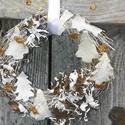 Havas hegyoldal-téli ,adventi ,ajtódísz,koszorú,kopogtató, Dekoráció, Karácsonyi, adventi apróságok, Ünnepi dekoráció, Karácsonyi dekoráció, Koszorú, Ajtódísz, kopogtató, Újrahasznosított alapanyagból készült termékek, Virágkötés, Természetes anyagok felhasználásával készült a díszem.EGYEDI méret 25cm , Meska