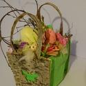 Tavaszi-Húsvéti,tojásos színes egyedi asztaldísz,ajtódísz, Otthon, lakberendezés, Dekoráció, Asztaldísz, Dísz, Egyedi ,tartós,trendi dobozba kerültek a húsvétra jellemző darabok. méret13x13cm+ fogantyú 10cm..., Meska