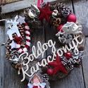 BOLDOG KARÁCSONYT-nagyméret koszorú,ajtódísz,kopogtató, Dekoráció, Otthon, lakberendezés, Ajtódísz, kopogtató, Virágkötés, BOLDOG KARÁCSONY felirattal készült szőrmés ,gazdagon díszitett karácsonyi adventi ajtódíszt Tartós..., Meska