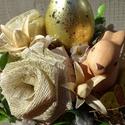 Arany tojást tojó...Húsvéti asztaldísz ,lakásdekoráció, Dekoráció, Otthon, lakberendezés, Dísz, Asztaldísz, Virágkötés, Húsvéti,tavaszi lakásdekoráció  méret 16x23cm, Meska