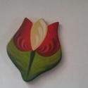 Kokárda, Magyar motívumokkal, Kokárda, Egyedi , festett  kokárda . Tulipán formájú kitűzők, ára két darabra vonatkozik.  Mérete: 5..., Meska
