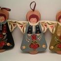Őrangyal, Dekoráció, Magyar motívumokkal, Karácsonyi, adventi apróságok, Karácsonyi dekoráció, Hdf lemezből készült angyalka.kézzel festett termék. Mérete: 13*10 (cm), Meska