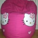 Pink színű, Hello Kitty-hez hasonló mintájú babzsák fotel kicsiknek, Bútor, Otthon, lakberendezés, Szék, fotel, Patchwork, foltvarrás, Varrás, Pink színű, Hello Kitty-hez hasonló mintájú babzsák fotel kicsiknek  Javasolt: 0-8 éves korig  Szín..., Meska