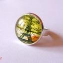 Párizsi romantika gyűrű, Ékszer, óra, Gyűrű, Ékszerkészítés, Párizst idéző feliratos romantikus gyűrű az Eiffel-toronnyal. Ezüst alappal, mely állítható. A lenc..., Meska