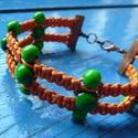 Makramé karkötő fa gyöngyökkel, Ékszer, Karkötő, Narancssárga viaszos zsinórból makramé fonással készült karkötő, melyet különböző mére..., Meska