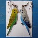 Papagáj zsugorka fülbevaló, Ékszer, óra, Fülbevaló, Zsugorka, Ezeket a kis hullámos papagájokat zsugorkából készítettem. Természetesen a színkombinációkat lehet ..., Meska