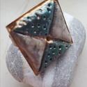 """""""Zöld és fehér négyzet"""" - Raku kerámia gyűrű , Ékszer, Gyűrű, Az alábbi gyűrű egy különleges kerámiakészítési technikával készült, melynek raku a neve.   A raku j..., Meska"""