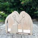 Esküvői szalvétatartó, Esküvő, Esküvői dekoráció, Famegmunkálás, Gravírozás, pirográfia, Fából készült esküvői szalvétatartó, gravírozott névvel, dátummal. Egyedi szöveg gravírozása is leh..., Meska