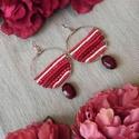 Piros karika gyöngyözött fülbevaló , Ékszer, Fülbevaló, Ékszerkészítés, Gyöngyfűzés, Piros karika gyöngyözött fülbevaló  (Red circle)  Saját tervezésű ékszer. Drótszál alapra, gyöngyfű..., Meska