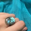 Labradorit Gyűrű , Ékszer, Gyűrű, Különleges Labradorit kaboson, gyűrűre foglalva. A gyűrű mérete állítható., Meska