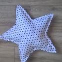 Csillag párna -szobadekoráció, párna babáknak, kicsiknek, Baba-mama-gyerek, Gyerekszoba, Mobildísz, függődísz, Falvédő, takaró, Varrás,  Csillag párna a szoba dísze is lehet!  Pamutanyagból és puha tömőanyagból készítettem.  mérete:45 ..., Meska