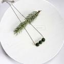 Fenyő zöld nyaklánc, Ékszer, Nyaklánc, Medál, Fenyő zöld színű kenderből készítettem a nyakláncot, ezüst színű kiegészítőkkel. A bog..., Meska