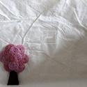 Fa bross (mályva), Ékszer, Bross, kitűző, Varrás, Mályva és rózsaszín kenderből készült a bross. Méret: 7,5cm, Meska