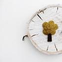 Fa bross, Ékszer, Bross, kitűző, Facsemete, kender lombkoronával. Méret: 5cm , Meska