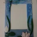 Egyedi fali képkeret: Tavirózsa, Otthon, lakberendezés, Képzőművészet, Képkeret, tükör, Üvegművészet, Nyári vakáción készült fotók hangulatos kerete. Színes üvegekből, kemencében olvasztott, falra akas..., Meska