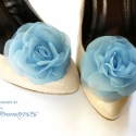 Égkék  cipőklipsz, Esküvő, Egykor a kék a hűség, tisztaság, hit záloga volt minden menyasszony viseletében. Anno a harisnyakötő..., Meska