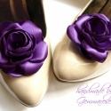 Cadbury cipőklipsz - rendelhető, Dekoráció, Esküvő, Cipő, cipőklipsz, Varrás, Ékszerkészítés, Lila rózsa cipőre...  Hosszú idő után végre ismét be tudtam szerezni ezt a gyönyörű textilt, így ör..., Meska