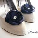 Indigókék cipőklipsz , Dekoráció, Esküvő, Ruha, divat, cipő, Cipő, papucs, Varrás, Indigókék cipőklipsz gyöngyözött középpel.  Eredetileg koszorúslányok számára varrtam, ám különlege..., Meska