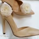 Ekrü rózsa cipőklipsz, Esküvő, Cipő, cipőklipsz, Ekrü cipőklipsz - megrendelésre.   Ennek a klasszikus rózsának az átmérője kb. 7 cm.    Nagyon fonto..., Meska
