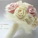 Púder és ekrü nosztalgia rózsacsokor, Esküvő, Dekoráció, Esküvői csokor, Ünnepi dekoráció, Vintage csokor menyasszonyoknak, koszorúslányoknak vagy épp ajándékba.   Ekrü és púder rózsaszín vir..., Meska