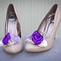 Lila bokréta- esküvői  / menyasszonyi / báli  cipőklipsz, Dekoráció, Esküvő, Cipő, cipőklipsz, Varrás, Ékszerkészítés, Ha véletlenül pont Neked sem Manolo Blahnik a cipőd, azért egyet se búsulj. :)) Ezzel a cipőklipssz..., Meska