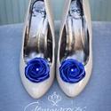 Királykék cipőklipsz, Dekoráció, Esküvő, Cipő, cipőklipsz, A legegyszerűbb cipő is feldobható ezzel a nőies cipőklipsszel egy-egy alkalomra, de akár a hétközna..., Meska