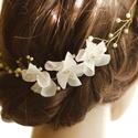 Gyöngyös arany színű fejdísz virággal, Menyasszonyoknak vagy akár koszorúslányoknak aj...