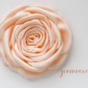 Barack  rózsa - kitűző/hajcsat, Esküvő, Hajdísz, ruhadísz, Ennek a klasszikus formájú textil rózsának minden egyes szirmát magam alakítottam, varrtam.   Ideáli..., Meska