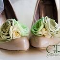 Zöld bokréta- esküvői  / menyasszonyi / báli  cipőklipsz, Dekoráció, Esküvő, Cipő, cipőklipsz, Varrás, Ékszerkészítés, Ezzel a cipőklipsszel egyedivé varázsolhatod cipellőd, szandálod. Rendkívül nőies!  Ajánlom menyass..., Meska