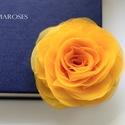 Sárga stilizált  rózsa - kitűző/hajcsat, Ékszer, Bross, kitűző, Ennek a sárga, klasszikus textilrózsának minden egyes szirmát magam alakítottam, varrtam.   Hátoldal..., Meska