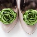 Zöld  cipőklipsz, Zöld cipőklipsz.  Nagyon fontos, hogy valódi ci...
