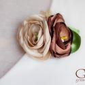 Csokoládé virág-bross, Ékszer, óra, Esküvő, Bross, kitűző, Hajdísz, ruhadísz, Varrás, Egyedi darab ez a virágos kitűző. Minden szirma kézzel készült textilből.   Nem csupán alkalmi öltö..., Meska