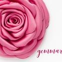 Rózsaszín szaténrózsa - kitűző/hajcsat, Esküvő, Ruha, divat, cipő, Hajbavaló, Hajcsat, Ennek a klasszikus formájú textil rózsának minden egyes szirmát magam alakítottam, varrtam.   Ideáli..., Meska