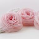 Rózsás gyöngysoros karkötő - SZETT, Esküvő, Ruha, divat, cipő, Hajbavaló, Hajcsat, Gumis alapra készültek ezek  a rózsa-karkötők. (Dupla gyöngysor.)  A rózsa mérete 7cm.  Az ár egy 3 ..., Meska