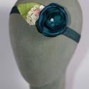 Virágos hajpánt 7., Dekoráció, Esküvő, Hajdísz, ruhadísz,  Zöldeskék virágos hajpánt gumis alappal kislányoknak. Egyedi darab.  Postázásra kész., Meska