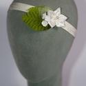 Virágos hajpánt 8., Dekoráció, Esküvő, Hajdísz, ruhadísz,  fehér virágos hajpánt gumis alappal.  Egyedi darab.  Postázásra kész., Meska