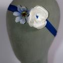 Virágos hajpánt 9., Dekoráció, Esküvő, Hajdísz, ruhadísz,  Kék és fehér virágos hajpánt gumis alappal kislányoknak. Egyedi darab.  Postázásra kész., Meska