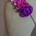 Virágos hajpánt 11., Dekoráció, Esküvő, Hajdísz, ruhadísz, Lila virágos hajpánt gumis alappal kislányoknak. Egyedi darab.  Postázásra kész., Meska