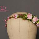 Virágkoszorú  menyasszonyoknak, koszorúslányoknak, fotózási kiegészítő, fotózási kellék, Dekoráció, Esküvő, Hajdísz, ruhadísz, Rózsaszín virágokból készült ez a koszorú - menyasszonyoknak, koszorúslányoknak, vagy épp fotózási k..., Meska