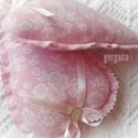 Romantikus rózsás szívek párban pink, Dekoráció, Pamutvászon szívek,illatpárnák.Flízzel és 6-7 db illatos rózsabimbóval töltve. Mérete: kb.17cm x 11c..., Meska